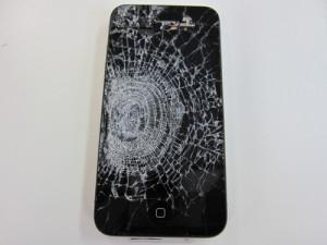 iPhone画面割れ (2)