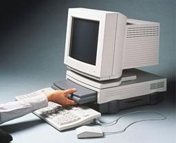 【画像】 次期 MacBook が公開! トラックパッドに液晶!? これはヤバイ [無断転載禁止]©2ch.net->画像>35枚